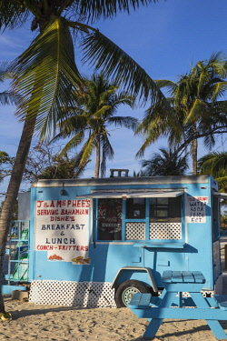 BA01411 Caribbean, Bahamas, Providence Island, Nassau, Arawak Cay, Nassau's famous Fish Fry - a group of restaurants and bars serving up traditional, fresh Bahamian food and drink
