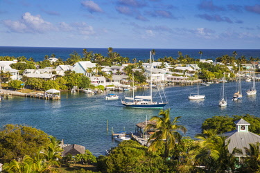 BA01236 Bahamas, Abaco Islands, Elbow Cay, Hope Town, View of Harbour