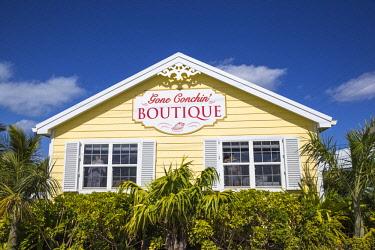 BA01272 Bahamas, Abaco Islands, Great Guana Cay, Gone Conchin boutique