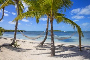 BA01274 Bahamas, Abaco Islands, Great Guana Cay, Sunset beach