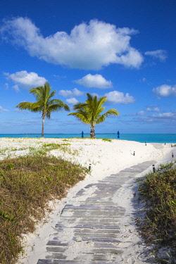 BA01285 Bahamas, Abaco Islands, Great Abaco, Beach at Treasure Cay