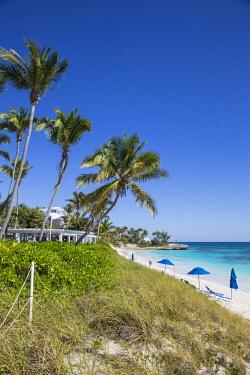 BA01159 Bahamas, Abaco Islands, Elbow Cay, Hope Town, Hope Town beach