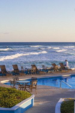BA01213 Bahamas, Abaco Islands, Elbow Cay, Swimming pool at the Abaco Inn Resort