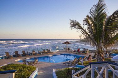 BA01214 Bahamas, Abaco Islands, Elbow Cay, Swimming pool at the Abaco Inn Resort