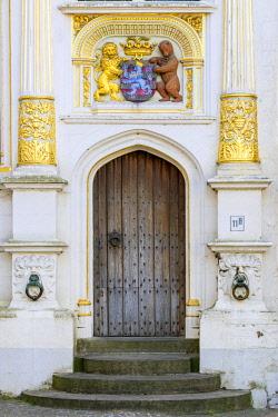 BEL1682AW Belgium, West Flanders (Vlaanderen), Bruges (Brugge). Coat of Arms of Bruges on the Neoclassical facade of Brugse Vrije.
