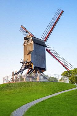 BEL1727AW Belgium, West Flanders (Vlaanderen), Bruges (Brugge). Sint-Janshuis Mill (Sint-Janshuismolen) windmill on the Kruisvest park.