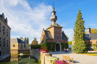 BEL1737AW Belgium, Waloon Region (Wallonia), Liege Province. Chateau de Jehay Castle.