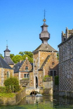BEL1741AWRF Belgium, Waloon Region (Wallonia), Liege Province. Chateau de Jehay Castle.