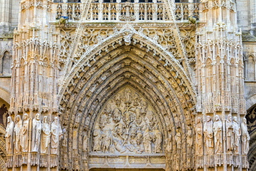 FRA9587AW France, Normandy (Normandie), Seine-Maritime department, Rouen. Ornate portal entrance of Cathedrale Notre-Dame de Rouen cathedral.