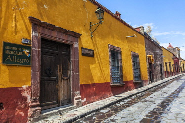 MEX1819AW View along Calle del Dr Ignacio Hernandez Macias in historic center of, San Miguel Allende, Mexico.