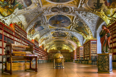 CZE1781AW The Theological Hall with library and stucco decoration and paintings dated from 1720s, Strahov Monastery, Prague, Bohemia, Czech Republic