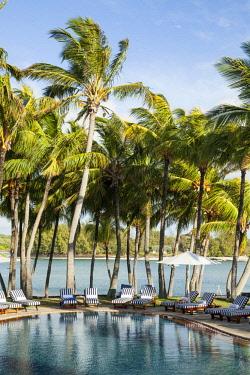 MTS0027 The swimming pool at Shangri-La's Le Touessrok Hotel & Spa, Trou d'Eau Douce, Mauritius