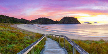 NZ01480 Matapouri Beach at sunrise, Tutukaka Coast, Northland, North Island, New Zealand