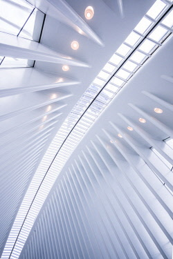 US61570 USA, New York, New York City, Lower Manhattan, The Oculus, World Trade Center PATH train station, designed by Santiago Calatrava, interior