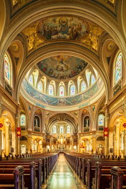 US61656 USA, New York, Western New York, Buffalo, Our Lady of Victory Basilica, interior