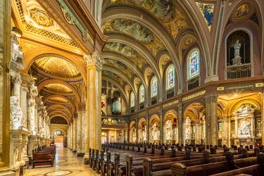 US61658 USA, New York, Western New York, Buffalo, Our Lady of Victory Basilica, interior