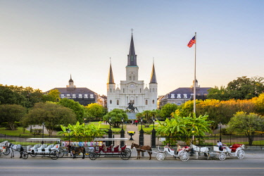 USA12549AW United States, Louisiana, New Orleans, French Quarter. Jackson Square and St. Louis Cathedral.
