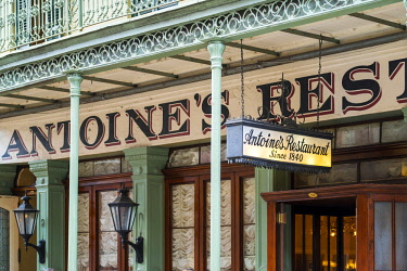 USA12651AW United States, Louisiana, New Orleans. Antoine's Restaurant in the French Quarter, world-renowned for French-Creole cuisine.