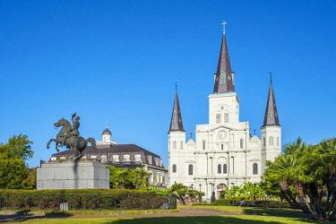 USA12729AWRF United States, Louisiana, New Orleans, French Quarter. Saint Louis Cathedral on Jackson Square.