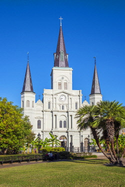 USA12731AWRF United States, Louisiana, New Orleans, French Quarter. Saint Louis Cathedral on Jackson Square.