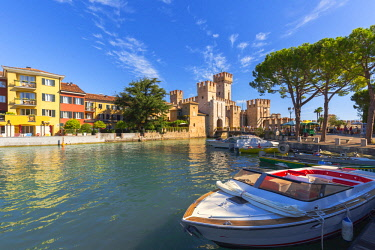 ITA10282AW Italy. Lombardy. Brescia district. Lake Garda. Sirmione. Castello Scaligero (Scaligers Castle)