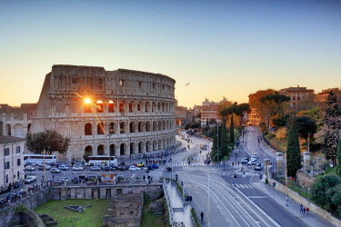 ITA10465AW Italy, Rome, Colosseum and Roman Forum at sunset