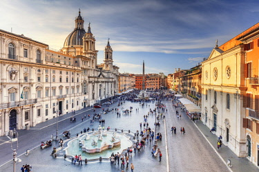 ITA10477AW Italy, Rome, Navona square with Sant'Agnese in Agone church and 4 rivers fountain (Fontana dei Quattro Fiumi) elevated view