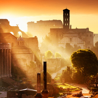 ITA10502AW Italy, Rome, Colosseum and Roman Forum at sunrise