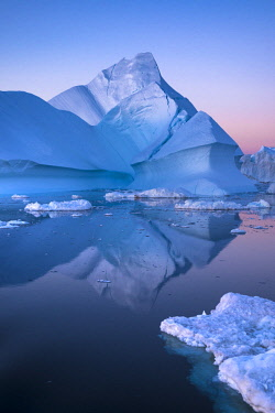 Icebergs calved from Jakobshavn Glacier floating in Disko Bay, Ilulissat, West Greenland
