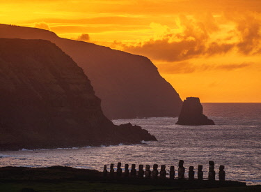 CHI10776AW Moais in Ahu Tongariki at sunrise, elevated view, Rapa Nui National Park, Easter Island, Chile
