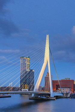 NL02293 Netherlands, South Holland, Rotterdam, Erasmusbrug, Erasmus Bridge
