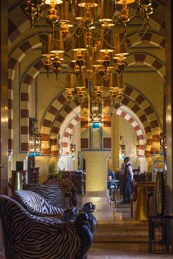 EG03247 Egypt, Upper Egypt, Aswan, Sofitel Legend Old Cataract hotel  situated on the banks of the river Nile, Bar area leading to Saraya restaurant,