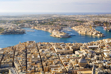MLT0679AWRF Malta, South Eastern Region, Valletta. Aerial view of Valletta, Grand Harbour and the Three Cities.