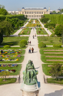 HMS2181505 France, Paris, place Valhubert, Jardin des Plantes (aerial view)