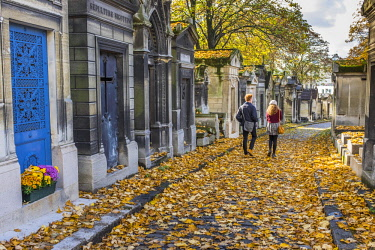HMS2917808 France, Paris, Pere Lachaise cemetery, the largest cemetery in the city of Paris and one of the most famous in the world