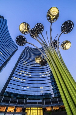 CLKAP32474 Milan, Lombardy, Italy. Gae Aulenti Square with iconic streetlights.