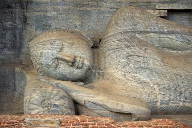 SRI2038AW Reclining Buddha in Polonnaruwa, Sri Lanka