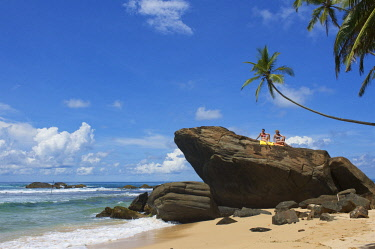 SRI2075AW Unawatuna Beach, Sri Lanka