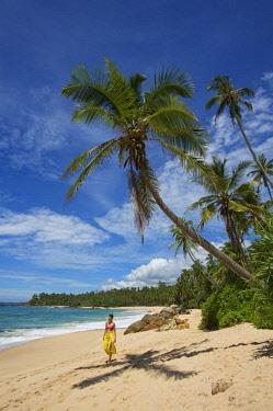 SRI2097AW Tangalle Beach, Sri Lanka (MR)