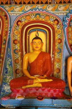 SRI2138AW Buddha Statue, Isurumuniya, Anuradhapura, Sri Lanka
