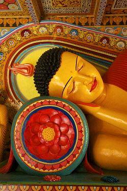 SRI2140AW Buddha Statue, Isurumuniya, Anuradhapura, Sri Lanka