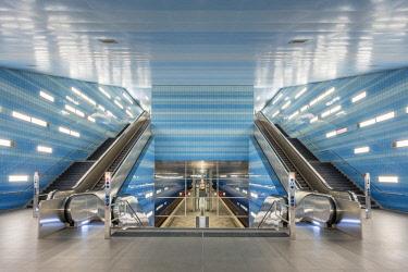 GER9954AW Germany, Hamburg, HafenCity. Modern U-bahn station Uberseequartier on the new U4 line.