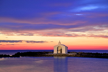 GR12440 Agios Nikolaos Church at Sunrise, Georgioupoli, Crete, Greek Islands, Greece, Europe
