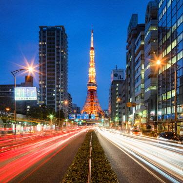 JAP1193AW Tokyo Tower illuminated at night, Minato,Tokyo, Japan