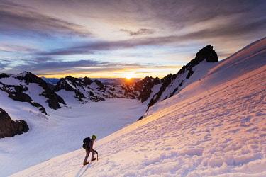 FRA9950 Europe, France, Haute Alps, French Dauphine Alps, Ecrins National Park, Barre des Ecrins (MR)