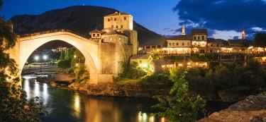 BOS1065AW Stari Most Bridge at night, Mostar, Bosnia & Hercegovina