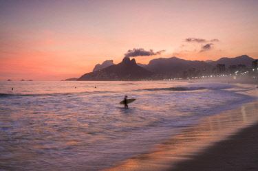BRA3398AW Ipanema beach, Rio de Janeiro, Brazil