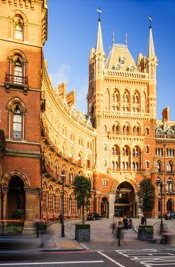 ENG14531AW St. Pancras Renaissance hotel, London, England