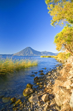 GUA1156AW Santa Cruz La Laguna, Lake Atitlan, Western Highlands, Guatemala, Central America