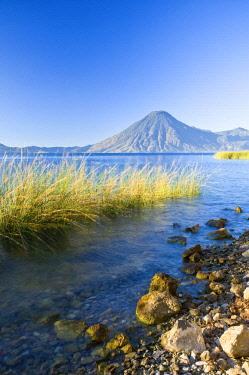 GUA1157AW Santa Cruz La Laguna, Lake Atitlan, Western Highlands, Guatemala, Central America